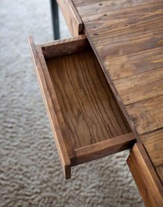 DIY Industrial Pallet Desk with Side Drawers | Pallet Furniture DIY