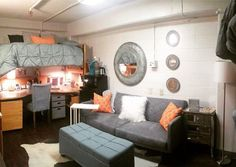18 Amazing University of Tennessee Dorm Rooms For Inspiration – – Dorm Room İdeas 2020 College Room Decor, College Dorm Decorations, College Dorm Rooms, Cute Dorm Rooms, Cool Rooms, Tennessee, Dorm Room Designs, My New Room, Room Inspiration
