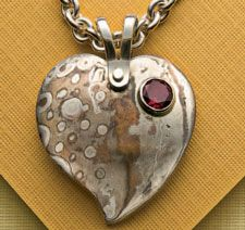 ❥ 5 FREE Cold Connection Jewelry Projects: How to Rivet Jewelry and More