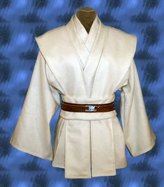 jedi tunic (Should looks better in black or brown) - Jedi Costume - Ideas of Jedi Costume - jedi tunic (Should looks better in black or brown) Jawa Costume, Sith Costume, Jedi Tunic, Jedi Robe, Star Wars Jedi, Star Wars Art, Traje Jedi, Disfraz Star Wars, Larp