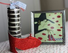 Oreo Tutorial - Wicked Witch of the East wearing the Ruby Slipper