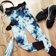 #sweatysunday has never looked so good! Shop the Tye Dye capri in-store or online to upgrade your gym style! #flatlay #flatlayapp #flatlays www.theflatlay.com