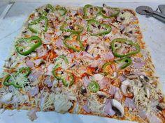 Πίτσα διαφορετική !!! Υπέροχη !! ~ ΜΑΓΕΙΡΙΚΗ ΚΑΙ ΣΥΝΤΑΓΕΣ Vegetable Pizza, Quiche, Food And Drink, Vegetables, Cooking, Breakfast, Morning Coffee, Kochen, Quiches