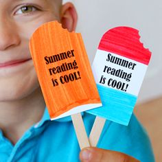 @Cindy Heacox...A fun craft for the kids to encourage summer reading with free printable.