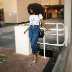 Political Slogan Tee Boss Babe, Girl Boss, Fall Fashion Trends, Autumn Fashion, Slogan Tee, Mom Jeans, Minimal Beauty, Denim, Tees