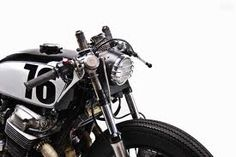 For today's feature we are taking a look at 'Jon's custom Honda Cafe Racer. Built as a daily ride for Jon, the bike is based around Cb 750 Cafe Racer, Custom Cafe Racer, Cafe Racer Motorcycle, Cafe Moto, Vintage Motorcycles, Custom Motorcycles, Custom Bikes, Vintage Bikes, Porsche