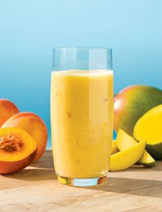 Smoothie de piersici si mango