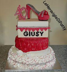 torta scarpa tacco alto; 40 anni
