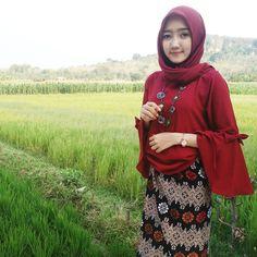 Muslim Girls, Muslim Women, Muslim Fashion, Hijab Fashion, Islamic Girl, Hijab Look, Hijabi Girl, Hijab Chic, Beautiful Hijab