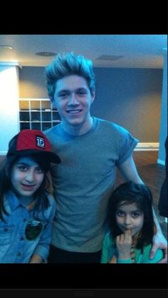 niall with zayn's cousins