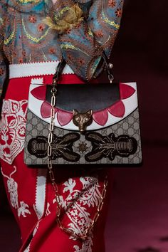 Gucci | Spring 2017 Details – The Impression