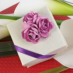 White Square Favor Box With Rose (Set of 12) – USD $ 9.99