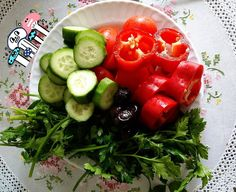 En güzel mutfak paylaşımları için kanalımıza abone olunuz. http://www.kadinika.com Günaydın... sebze sağlık diyorlar  #yasasindiyet#diyetönerileri#diyetteyasaklarahayir#diyetcan#turkkahvesi#motive#motivasyon#koprucukkemigi#koprucuk#yazgeliyor#zayifliyoruz#form#diet#fit#biber#kahvalti#breakfast#sunumduragi#yumurta#saglik#hafifyemeli@hafifyemeli#gramdiyetim#gramkahvalti#mutfakgram#gramkahvalti#gramdiyetim#lezzetlisunumlar#sunumonemlidir#fit#egg#bread