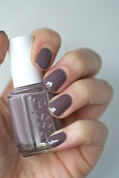 Essie Grey-Purples Comparison : Lilacism, Love & Acceptance, Bangle Jangle, Warm & Toasty Turtleneck, Merino Cool & Smokin' Hot | Essie Envy