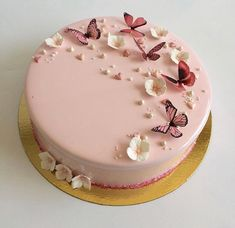 So süß ja oder nein? Omg Tag your friends Verfolgen: Creatives Girls Sigam: Elegant Birthday Cakes, Beautiful Birthday Cakes, Elegant Cakes, Butterfly Birthday Cakes, Butterfly Cakes, Butterflies, Pretty Cakes, Cute Cakes, Sweet Cakes