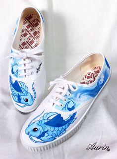 Zapatillas pintadas a mano. http://aurinshop.blogspot.com