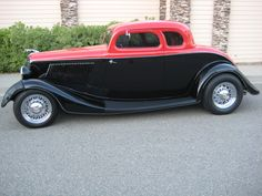 '33 Ford...I question the I.D.- quarter windows not right, but still nice!