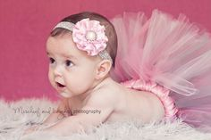 baby in tutu photography