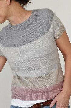 Free Knitting Pattern for Spring Christmas Knitting Patterns, Sweater Knitting Patterns, Loom Knitting, Knit Patterns, Knitting Needles, Free Knitting, Knooking, Ravelry, Summer Knitting