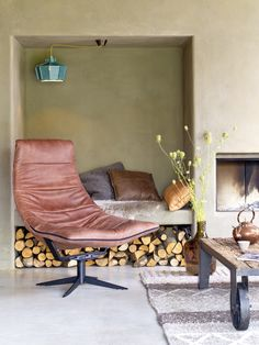 Cosy Corner, Patchwork Rugs, Take A Seat, Outdoor Furniture, Outdoor Decor, Chair Design, Architecture, Floor Chair, Sweet Home