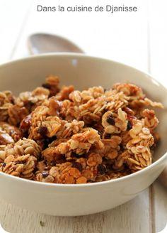 Dans la cuisine végétalienne de Djanisse : Granola banane et noix