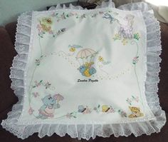 Cobijita Baby Bedding Sets, Baby Pillows, Cross Stitch Baby Blanket, Eye Drawing Tutorials, Baby Zimmer, Baby Embroidery, Drawstring Backpack, Baby Set, Hobby