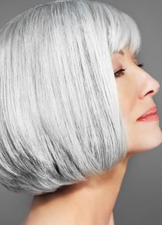 Bob Grey Hair Color for Older Ladies Older Women Hairstyles, Bob Hairstyles, Straight Hairstyles, Short Haircuts, Hairstyle Short, Hairstyle Ideas, Hair Turning White, Grey Hair Extensions, Grey Wig