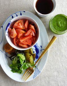 Tomato Breakfast, Breakfast Bowls, Royal Copenhagen, Vintage Dinnerware, January 2018, Place Settings, Tomatoes, Cottage, China