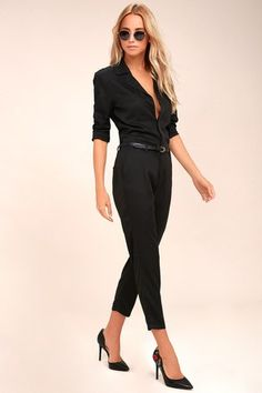 We are loving the new Americana look of the STONE ROW x Georgia May Jagger  Mechanic Black Jumpsuit! Soft, woven fabric shapes this cool jumpsuit.