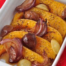 Courge Butternut rôtie, châtaignes, raisin italia, oignons rouges