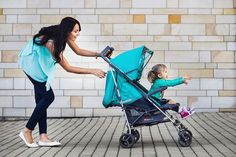 Divatos türkizben a babával - a Babaszafari bababolt ajánlásával - turquoise baby buggy, baby fashion, fit mom