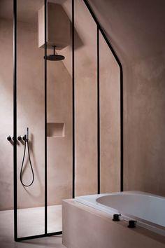 Dusty pink bathroom / MJOHNSON