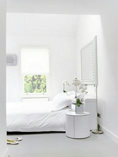 white room!