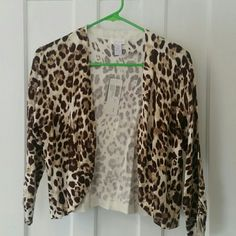 NWT Chico's leopard cardigan! Gorgeous and sooooo soft!  NWT Chico's fun leopard printed open cardigan. Stretchy cotton mix!  Stunning piece. Chico's Sweaters Cardigans