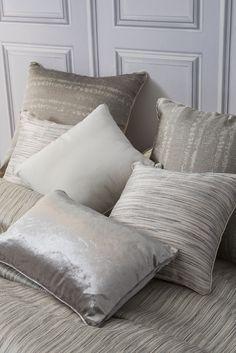 Más en www.lamallorquina.com Bed Pillows, Pillow Cases, Home, Duvet Covers, Beds, Yurts, Colors, Pillows, Ad Home