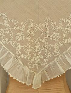 LOT 10 TWO SQUARE EMBROIDERED COTTON FICHUS, c. 1780 - whitakerauction