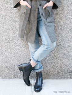 Chelsea boots are comfortable and easy to style for a commute // The Best Shoes for a City Commute
