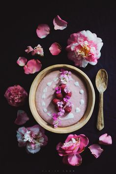 Creamy berry and banana bowl by claire gunn