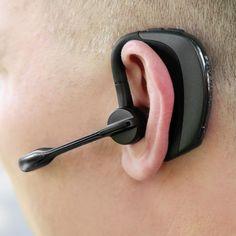 The Superior Noise Canceling Bluetooth Headset - Hammacher Schlemmer