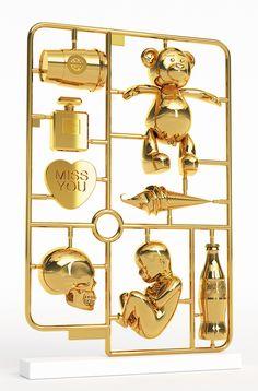 "Joseph Klibanksy, ""Elements of Desire"", Resin & 24K Gold Leaf, 2013."