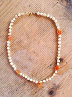 Collane di perle - Collana boho con perle e corniola - un prodotto unico di Valeria-Draws su DaWanda