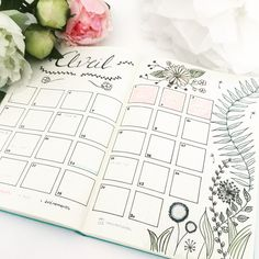 Bullet Journal Page / Layout inspiration Organization Bullet Journal, Bullet Journal Layout, Bullet Journal Inspiration, Fonts Letras, Bellet Journal, Weekly Log, Calendar Journal, Bullet Journal Monthly Spread, Diys