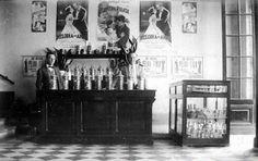 Bar del Cine-Teatro Astral de Villa Cañás (1930)