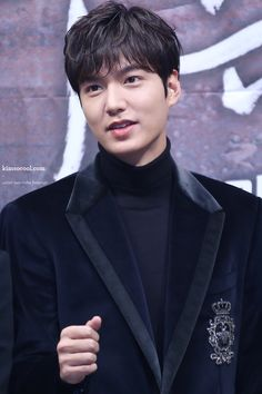 Lee Min Ho, Legend of the Blue Sea press conference, New Actors, Actors & Actresses, Asian Actors, Korean Actors, Asian Celebrities, Lee Min Ho Smile, Perm Hair Men, Lee Min Ho News, Heo Joon Jae