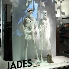 """PURE WHITE"" – SPRING SUMMER WINDOWS AT JADES 