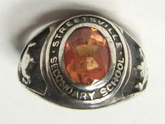 "Treasury List...Vintage Ring.. Sterling Silver... SCHOOL  Ring ...""Streetsville"" Secondary Schoo...Circa 1970s on Etsy, £15.29"
