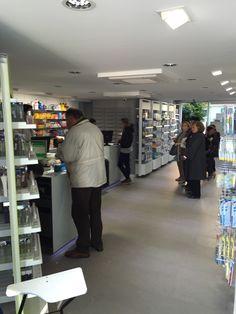 Diseño&Distribución interior Victoria, Closet, Home Decor, Renovation, Pharmacy, Interiors, Homemade Home Decor, Armoire, Cabinet