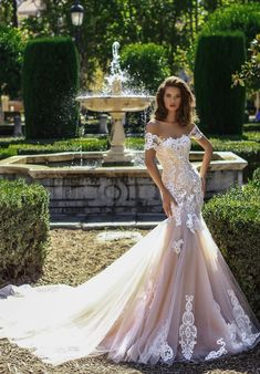 High-quality, luxury Wedding Dress 17518 Brenda from The One Collection designed by Victoria Soprano - unique wedding dresse & bridal gown that would make your wedding day memorable. Be a fashion bride! Stunning Wedding Dresses, Perfect Wedding Dress, Dream Wedding Dresses, Bridal Dresses, Beautiful Dresses, Wedding Gowns, Chapel Wedding Dresses, Ball Dresses, Ball Gowns
