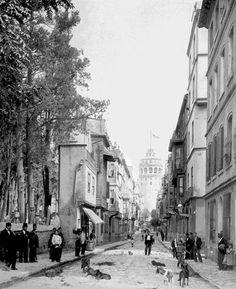 İstanbul'un ilk fotoğrafları! İrlandalı fotoğrafçı tarafından 1851 yılında çekilen İstanbul'un ilk fotoğrafları Old Pictures, Old Photos, Vintage Photos, Istanbul Pictures, Latina, Ottoman Empire, Historical Pictures, Best Cities, Once Upon A Time