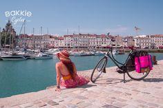 Retour du centre-ville de la Rochelle bicycles, Cycle Chic, Cycling Loving, bikes, bikes elegance, cycle, bikers, fashion, bicycles fashion, cycling, unique bikes, personalized bikes, gazelle bikes Cycle Chic, Lily Pulitzer, Centre, Photos, Louvre, Unique, Travel, Fashion, Molle Pouches